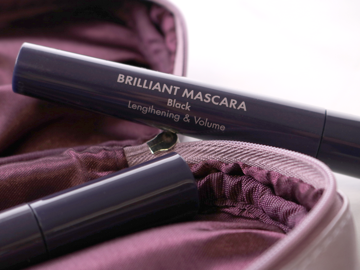 Herôme mascara aanbrengen natuurlijke uitstraling zwarte wimpers
