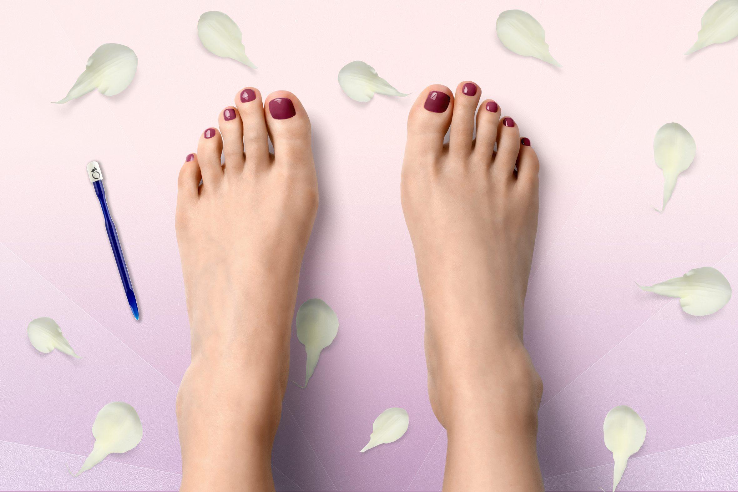 Donker roze nagellak voor een mooie manicure