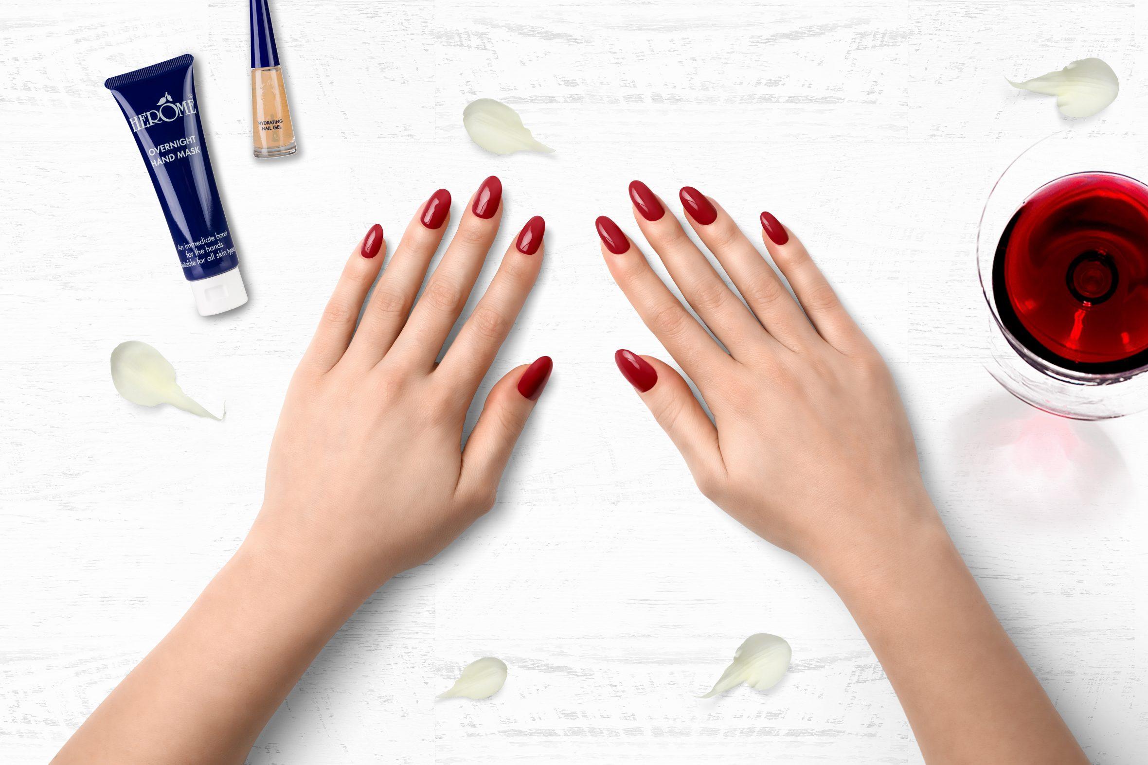 Roze nagellak nummer 105 van Herôme