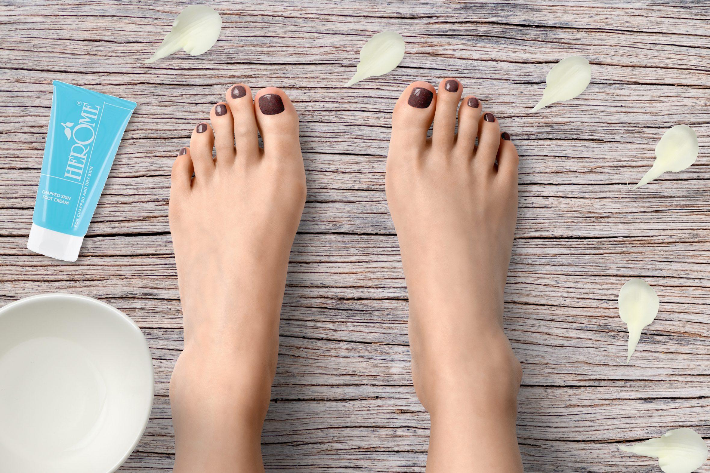 Herôme glitter nagellak nummer 135 voor lente/zomer pedicure