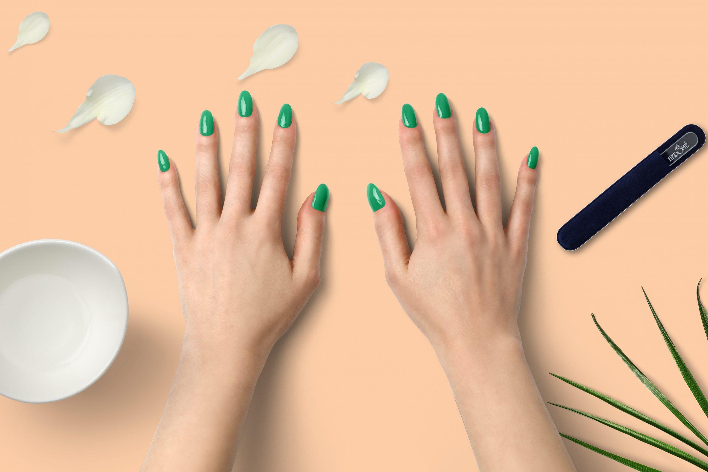groene nagellak nummer 173 van de Herôme nagellak kleuren