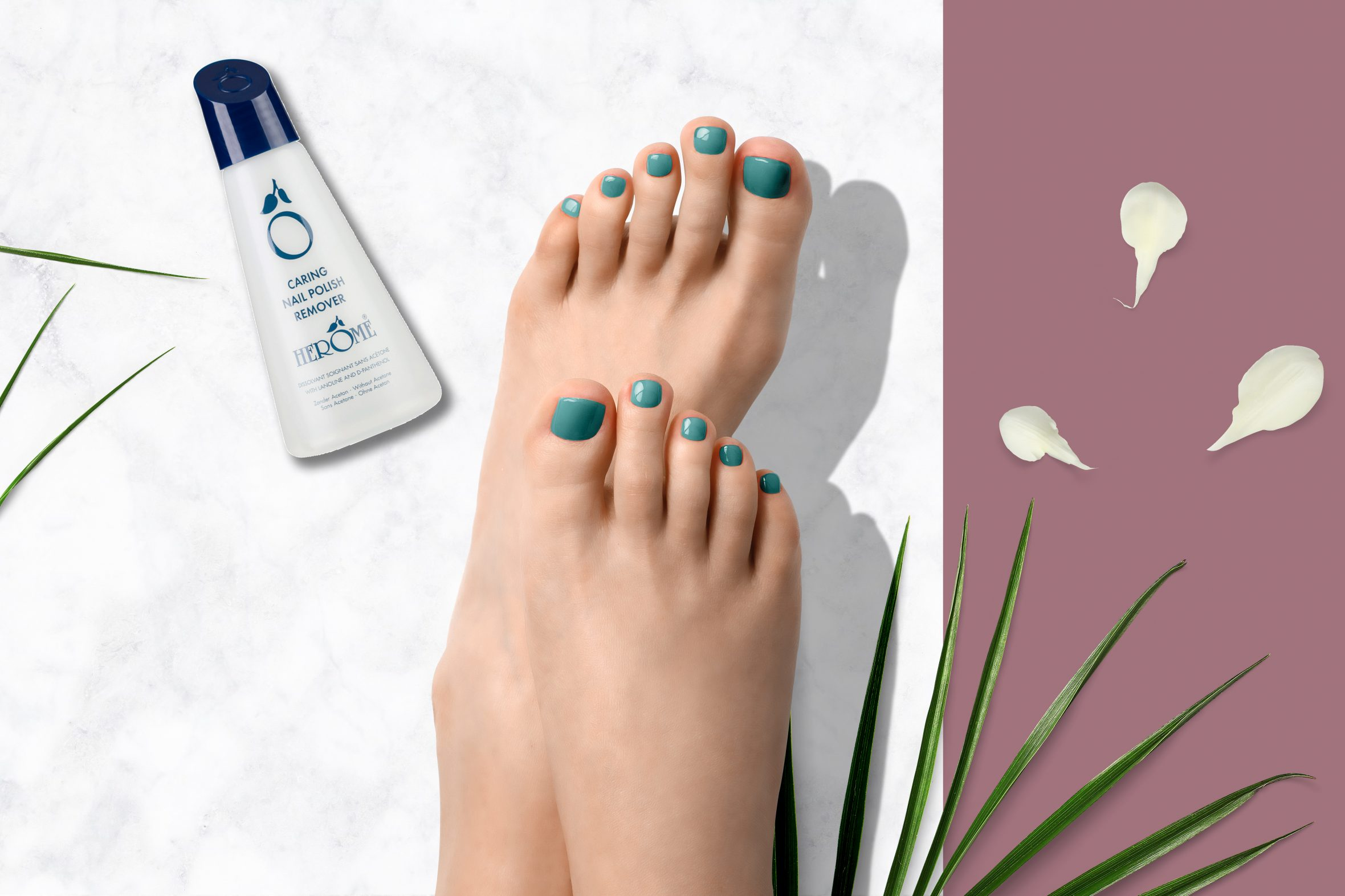 blauwe nagellak kleurnummer 174 van de Herôme nagellak kleuren
