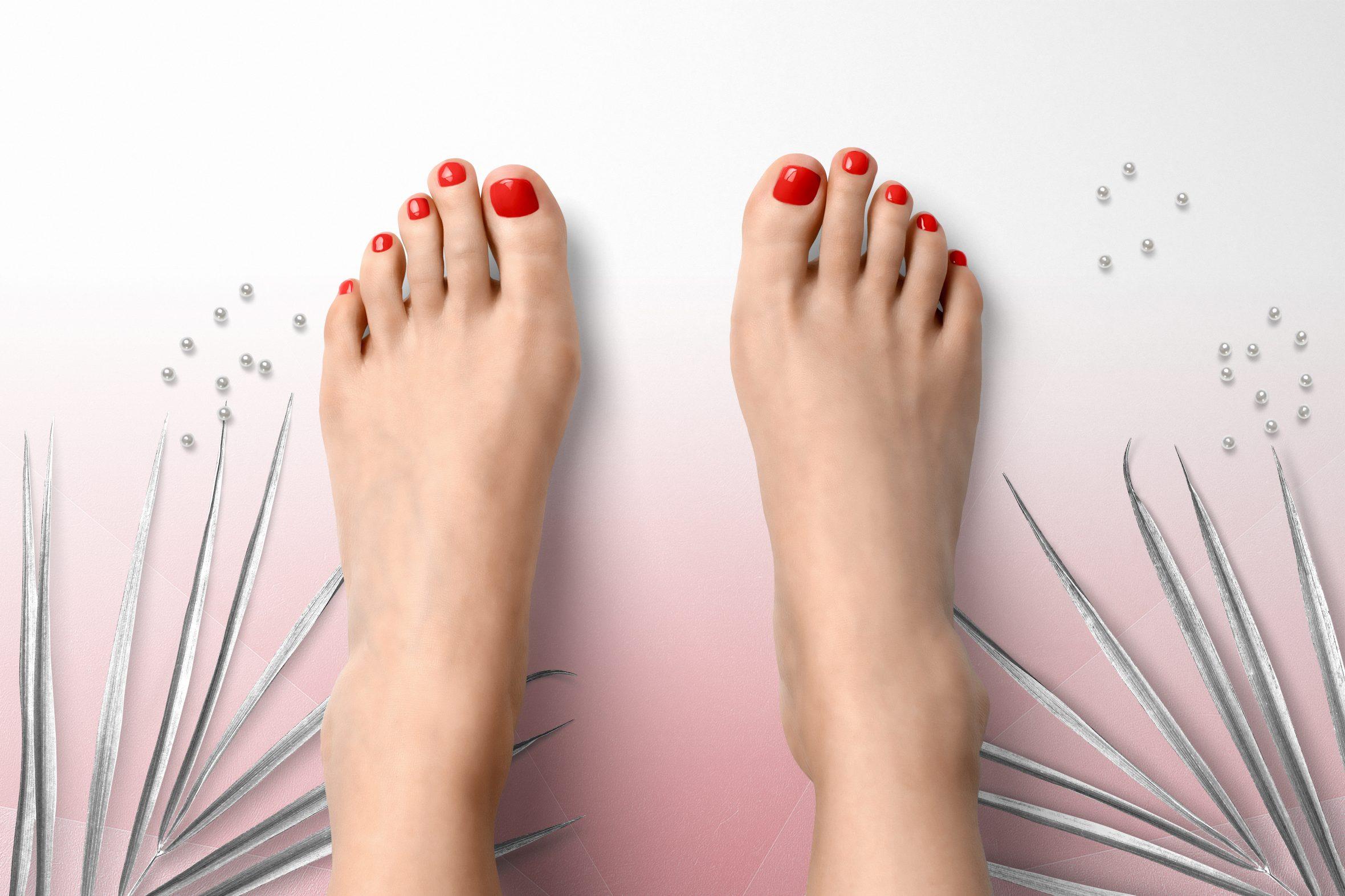 Donker oranje nagellak voor on trend manicure