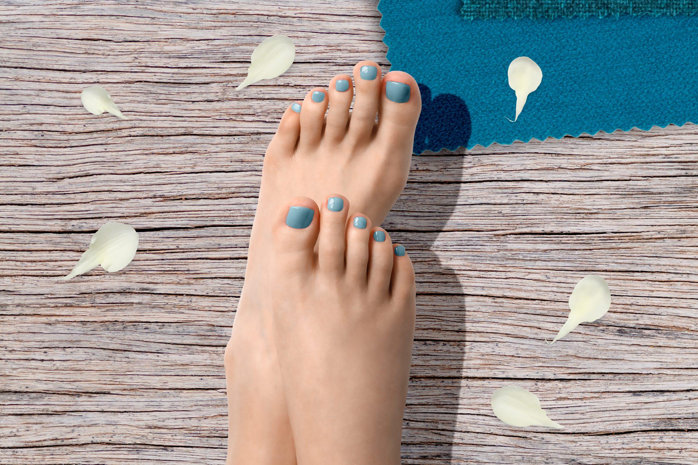 Licht blauwe nagellak voor pedicure
