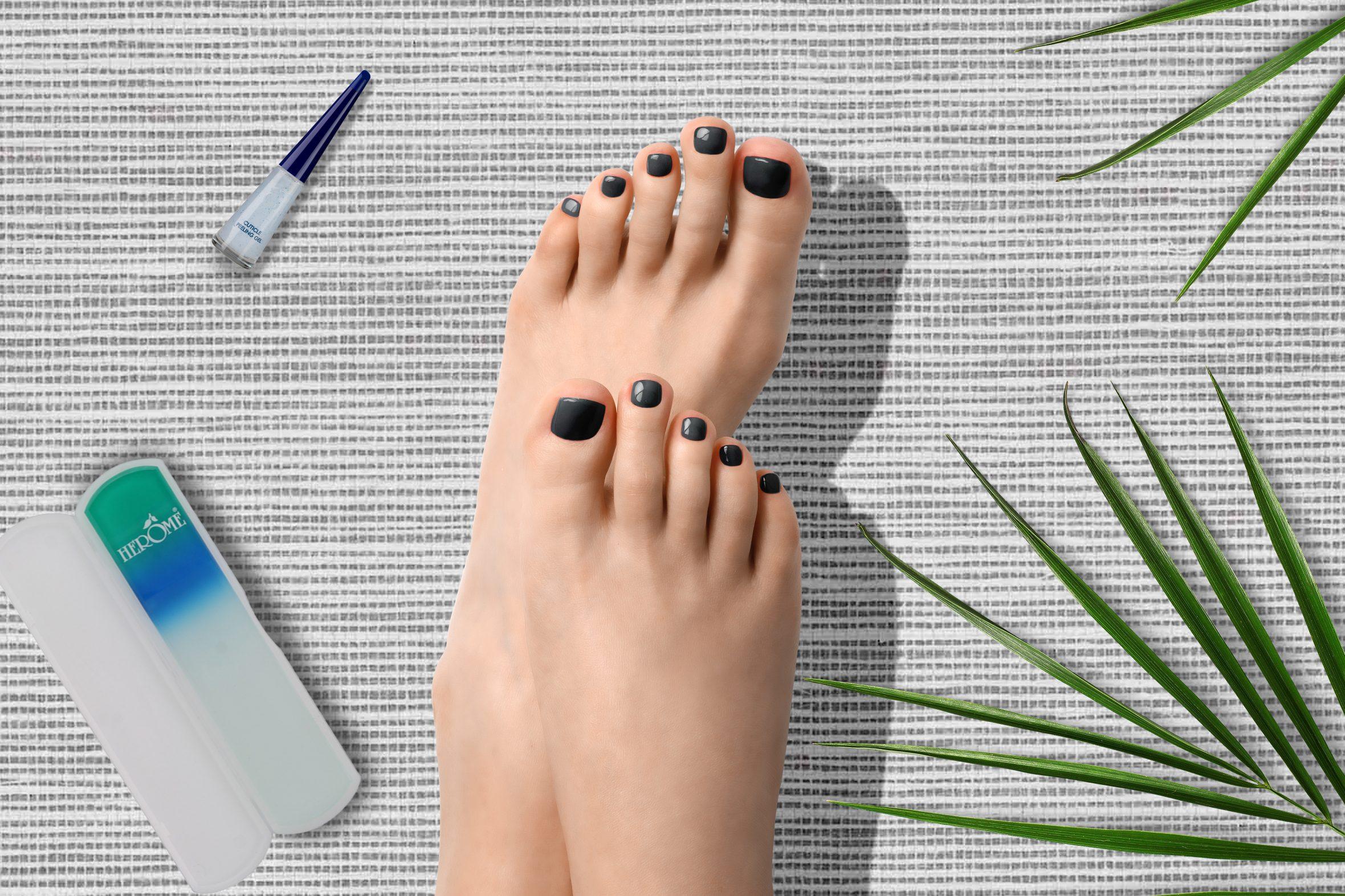 Grijze glitter nagellak voor je pedicure