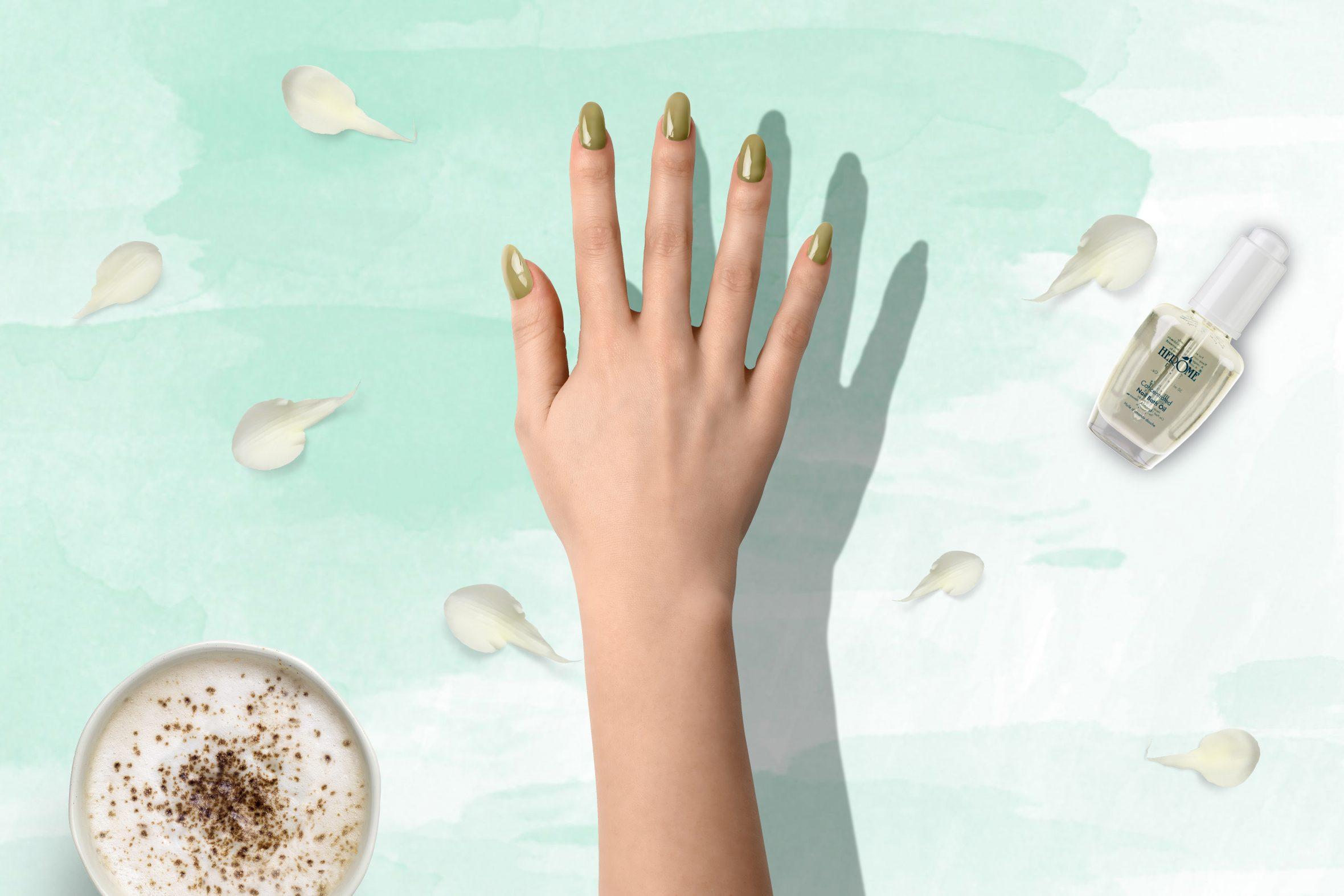 Gouden nagellak van Herôme voor mooie nagels