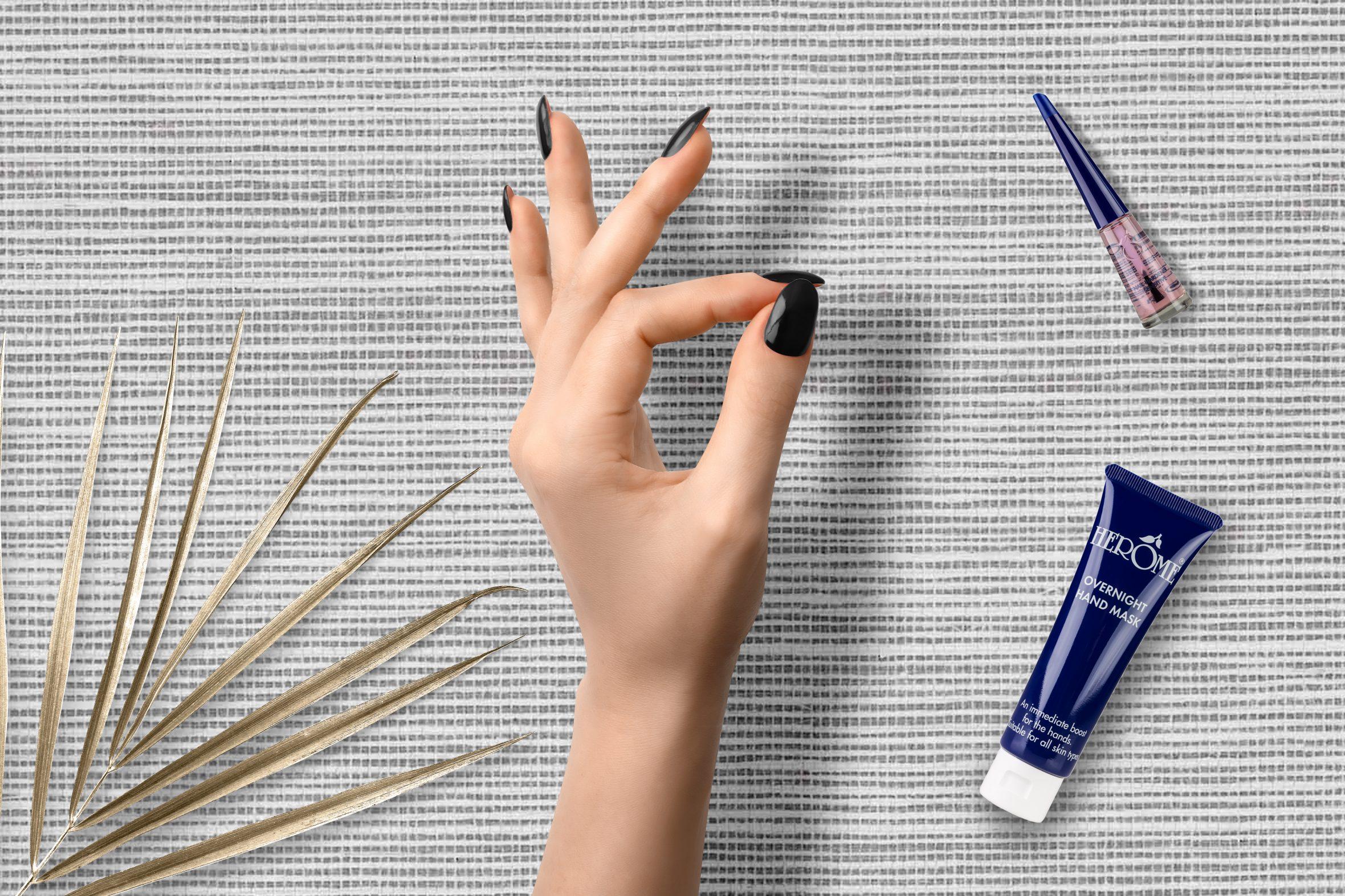 Zwarte nagellak dragen voor mooie nagels