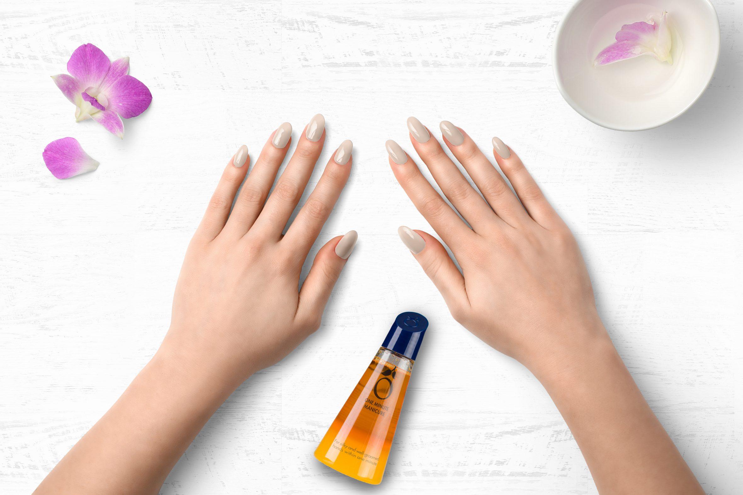 Creme nagellak voor een mooie nagellak