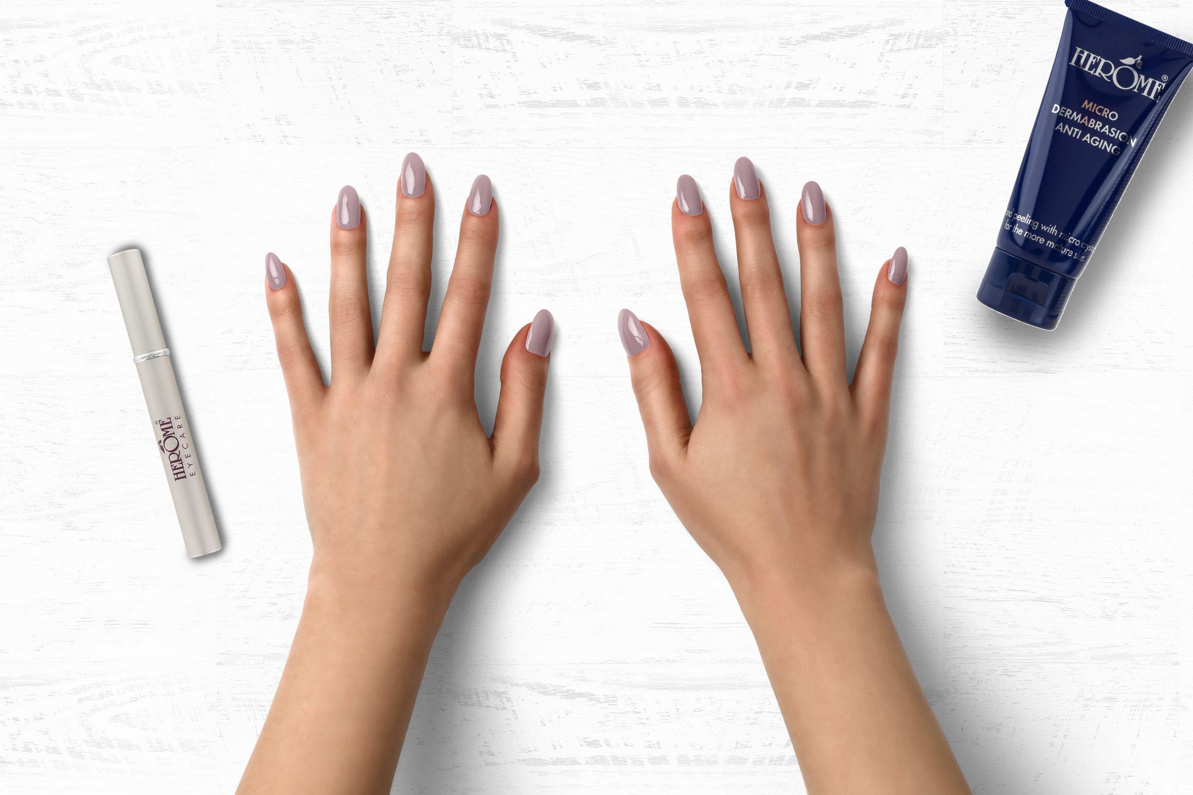 Nude roze nagellak Herôme