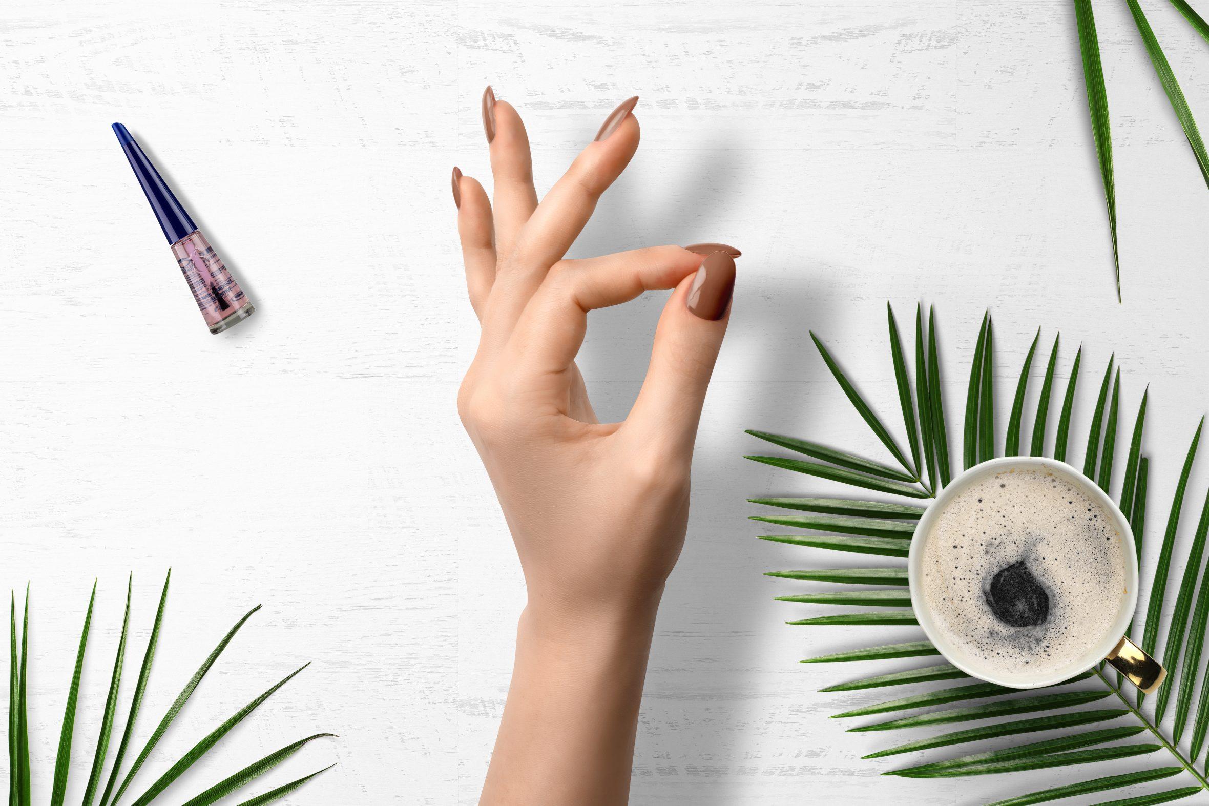 Camel nagellak voor een trendy manicure