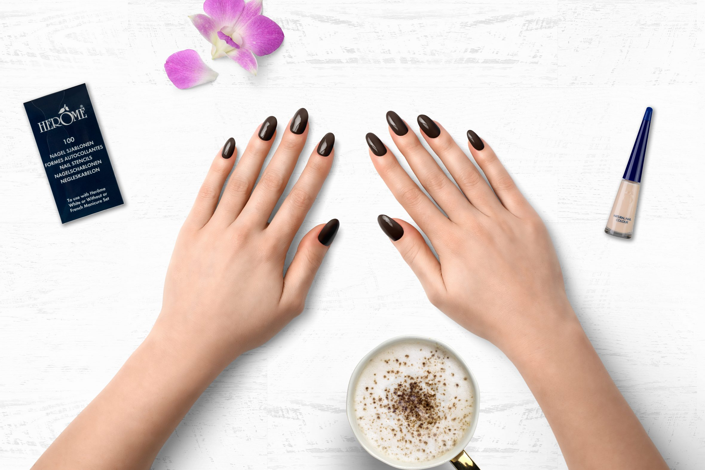 Chocolade bruine nagellak Herôme
