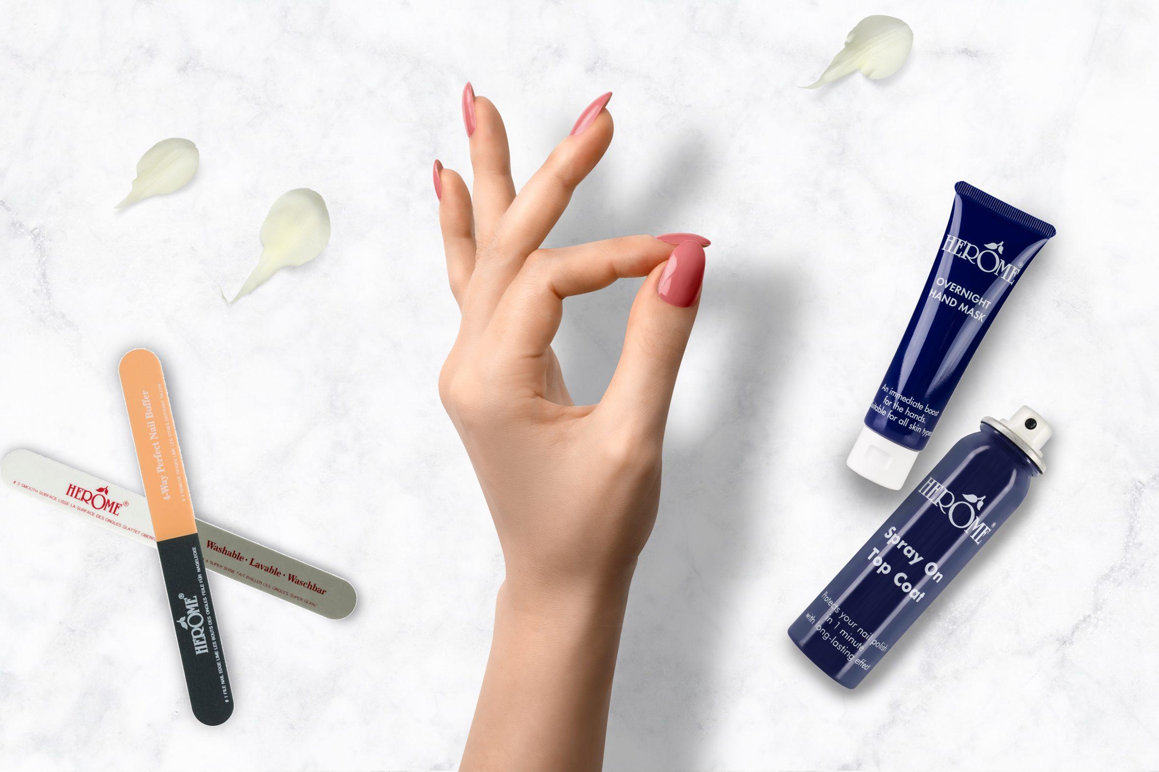 Roze nagellak van Herôme kopen voor een mooie manicure
