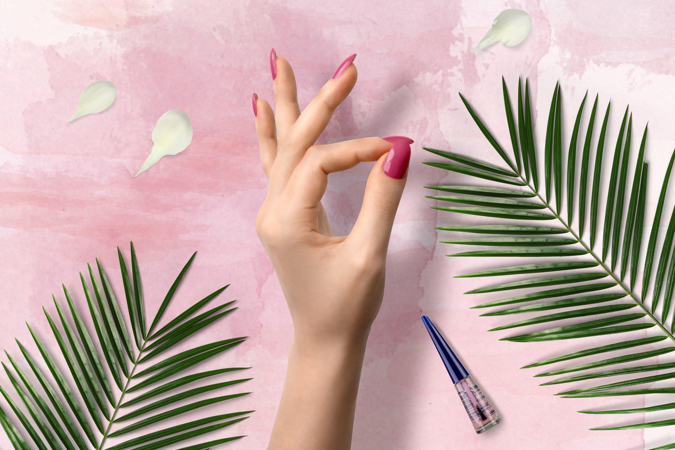 Roze nagellak van Herôme voor je manicure