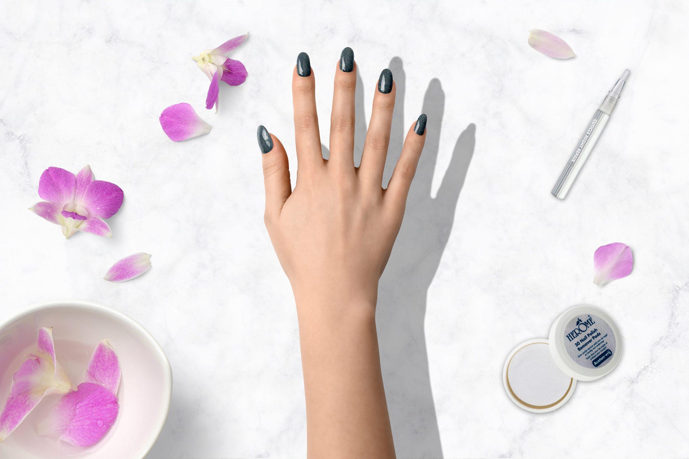 glitter nagellak kleurnummer 180 van de Herôme nagellak collectie